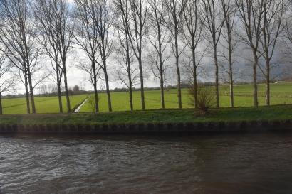Sailing along the Main River